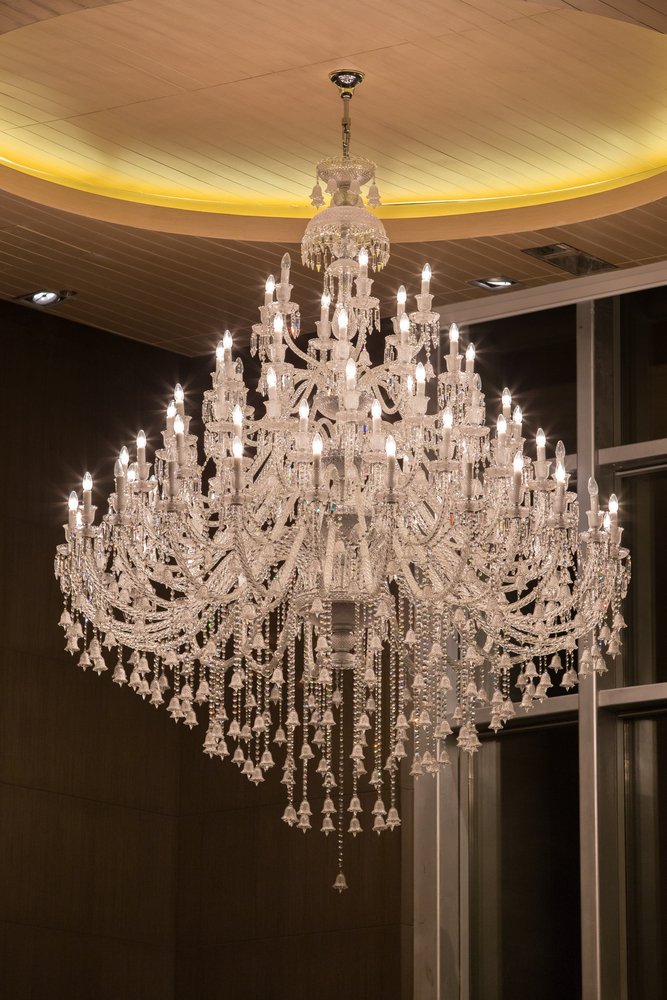 crystal_chandeliers_1