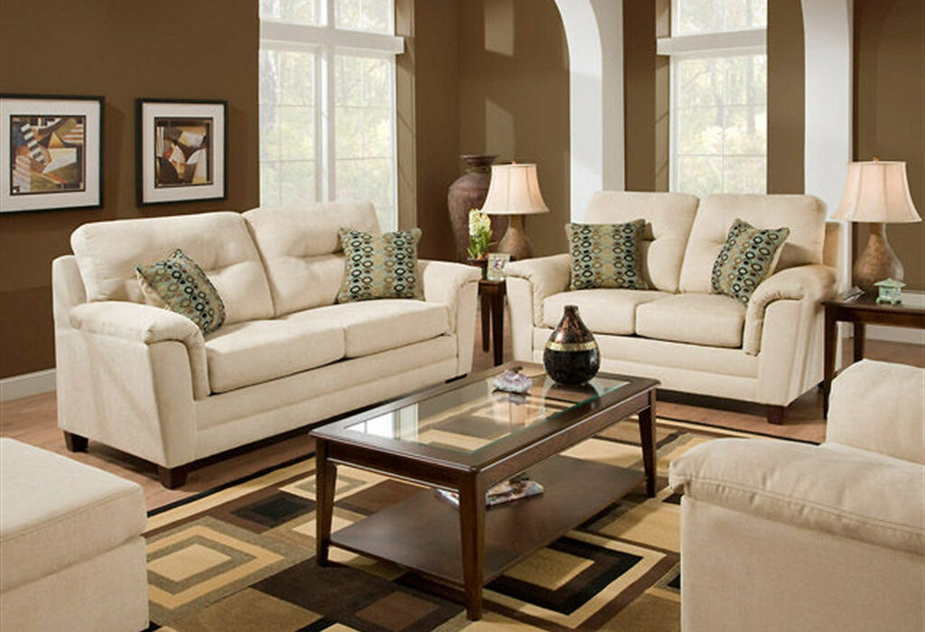How Can You Decorate a Cheap Living Room?